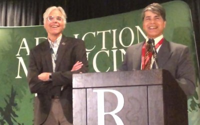 Dr. Stephen Wyatt Receives Prestigious Glaser Award