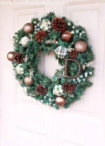 Simple DIY Christmas Wreath 15