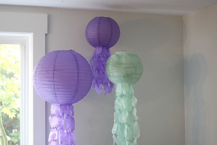 jellyfish-lanterns-2
