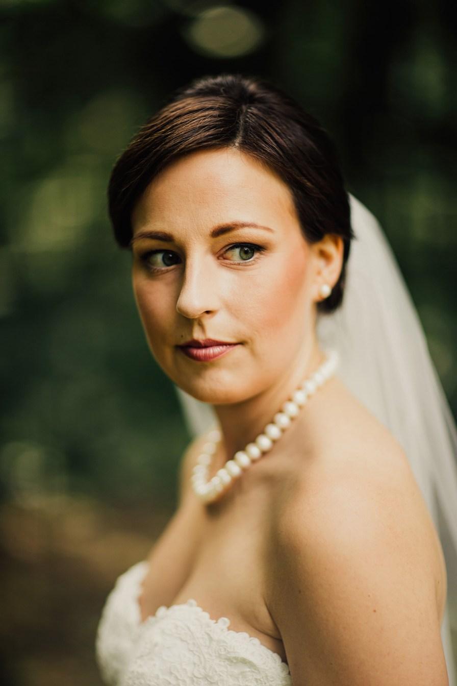 crown-point-ecology-center-wedding-akron-ohio-28