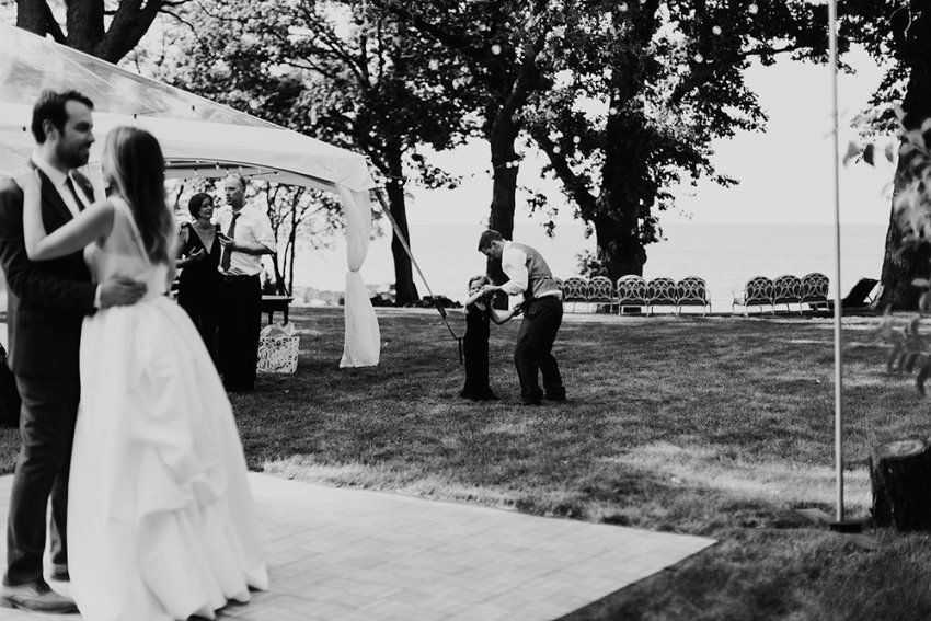 lake-erie-airbnb-backyard-wedding-cleveland-ohio-053