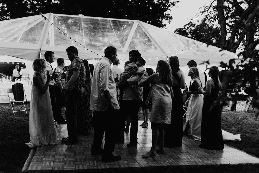 lake-erie-airbnb-backyard-wedding-cleveland-ohio-082