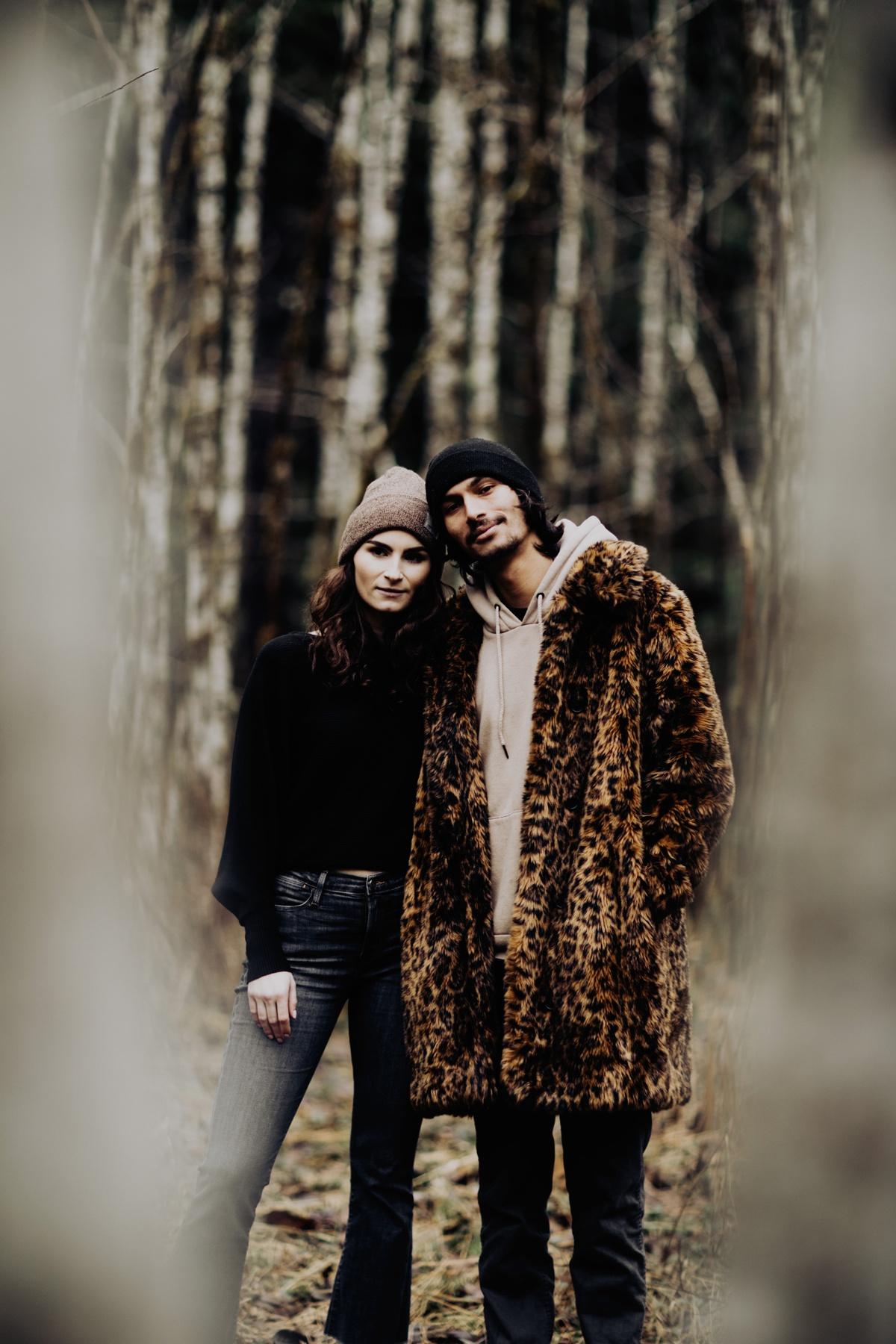 Wenatchee-national-forest-engagement-session-photographer-026.jpg