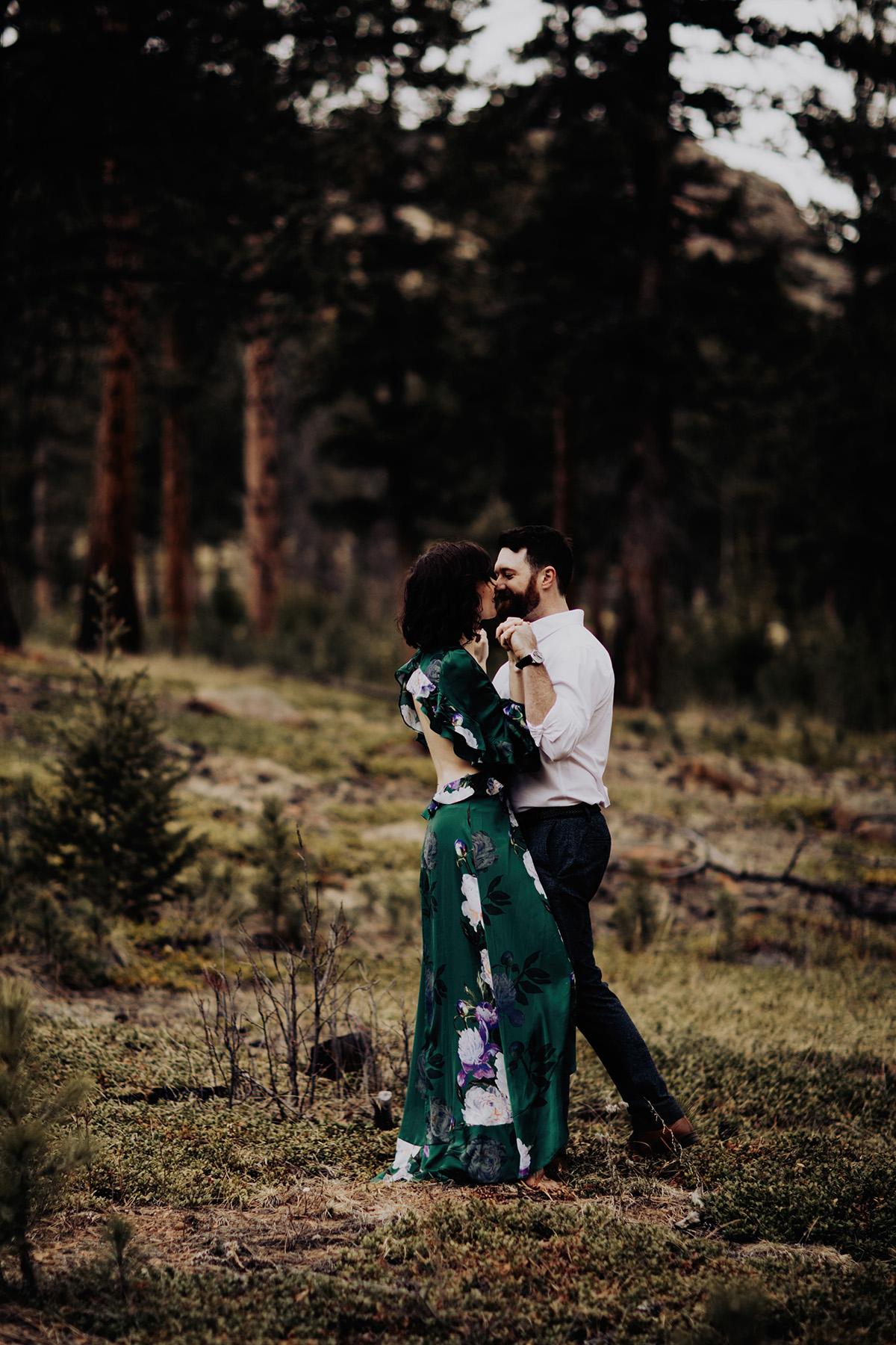 colorado-wedding-photographer-stauton-state-park-engagement-session-Sheena-Jared-024.jpg