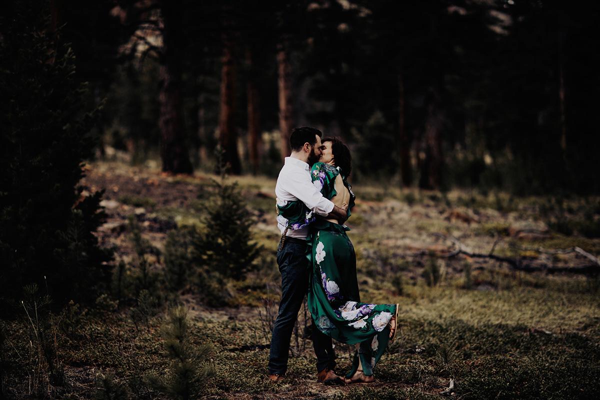 colorado-wedding-photographer-stauton-state-park-engagement-session-Sheena-Jared-027.jpg