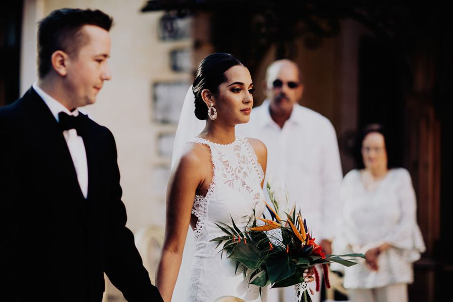 destination-wedding-photographer-la-hacienda-xcanatun-merida-mexico-097.jpg