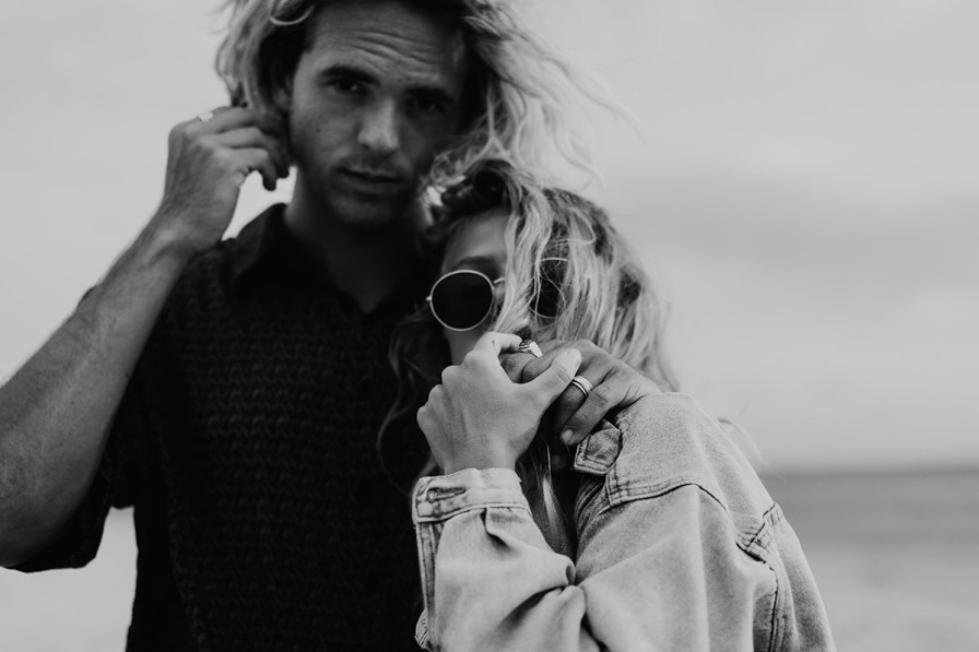 wilmington-beach-north-carolina-photographer-surfer-couple-001.jpg