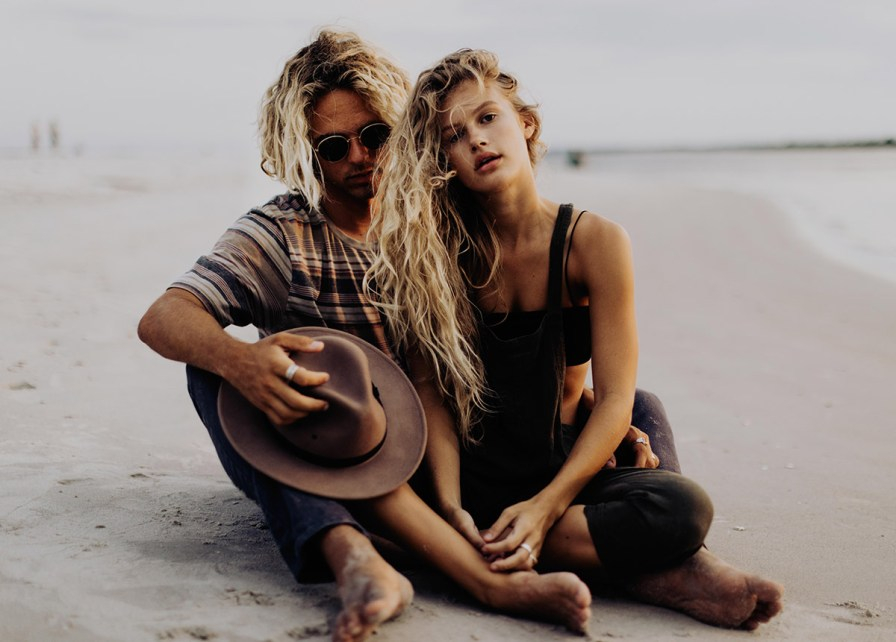 wilmington-beach-north-carolina-photographer-surfer-couple-020.jpg
