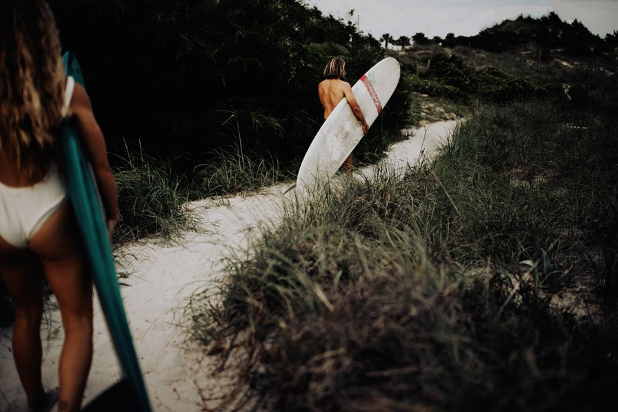 wilmington-beach-north-carolina-photographer-surfer-couple-030.jpg