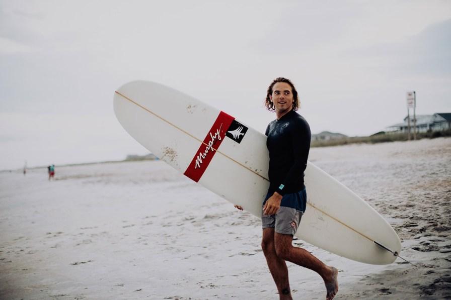 wilmington-beach-north-carolina-photographer-surfer-couple-034.jpg