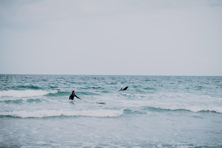wilmington-beach-north-carolina-photographer-surfer-couple-041.jpg