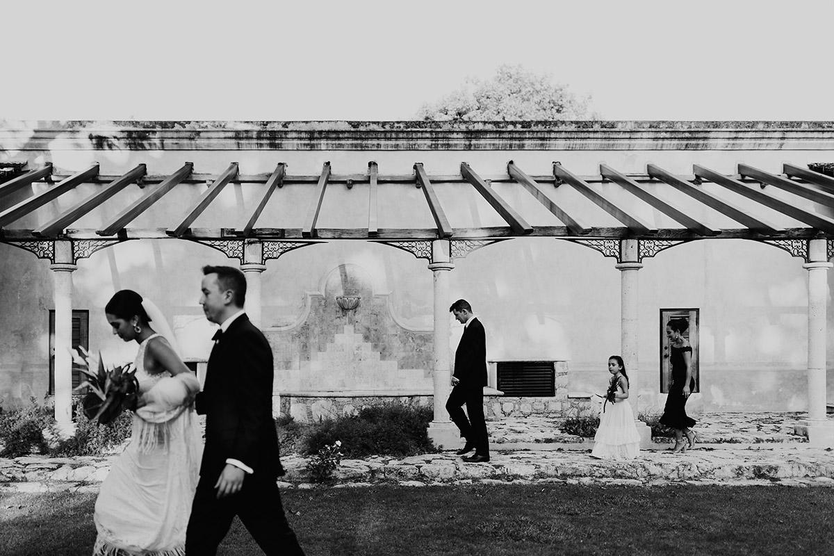 destination-elopement-photographer-beach-bride-walking-beach-yucatan-mexico