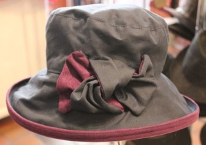Peak & Brim Zara Wax/Suedette Rainproof Hat Colour Navy/Blackcurrant