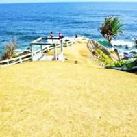 Menelusuri Pantai Karang Tawulan, Primadona Baru Tasikmalaya
