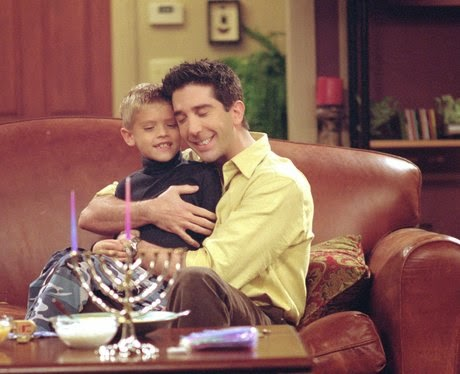 ben-and-ross-geller-friends-tv-still-1366213197-view-0