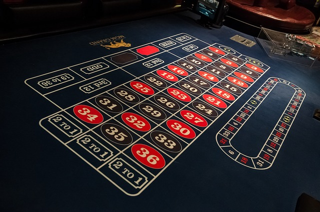 Roulette-gaming-table