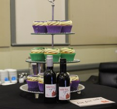 Beautiful cupcakes and wines at the event