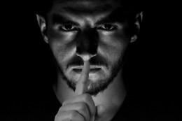 secret, shut, up-5137228.jpg