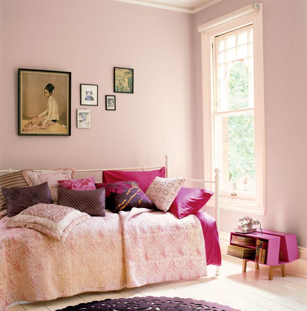 Roz pudrat in dormitor studentesc Foto Copyright © Akzo Nobel