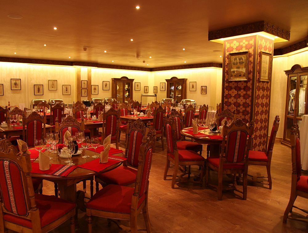 adelaparvu.com despre restaurant romanesc La Sipote (6)
