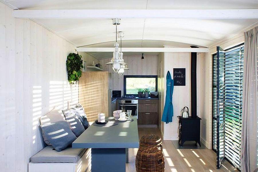 adelaparvu.com despre casa din lemn pe roti, design Miramari Design (6)