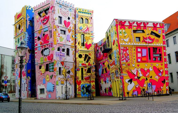 adelaparvu.com despre Happy Rizzi House, Braunschweig, Germania, architectura Konrad Kloster si James Rizzi
