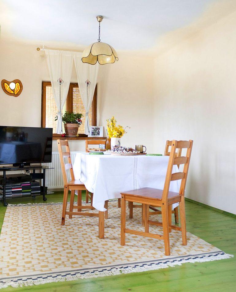adelaparvu.com despre casa din chirpici la Ciolpani, Poiana Florilor, designer Elena Vasiliu arh. Raluca Suru, Foto Dragos Boldea (16)