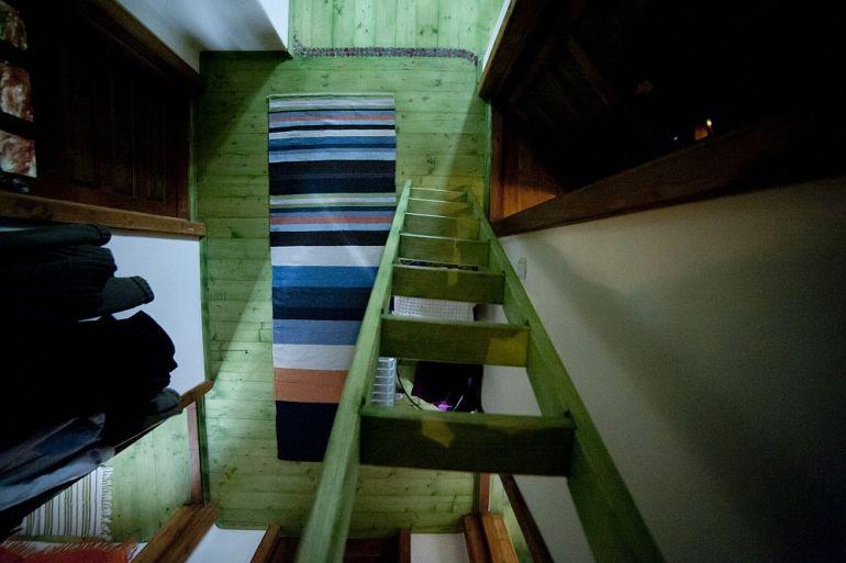 adelaparvu.com despre casa din chirpici la Ciolpani, Poiana Florilor, designer Elena Vasiliu arh. Raluca Suru, Foto Dragos Boldea (3)