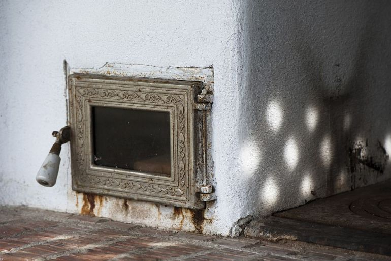adelaparvu.com despre casa din chirpici la Ciolpani, Poiana Florilor, designer Elena Vasiliu arh. Raluca Suru, Foto Dragos Boldea (42)