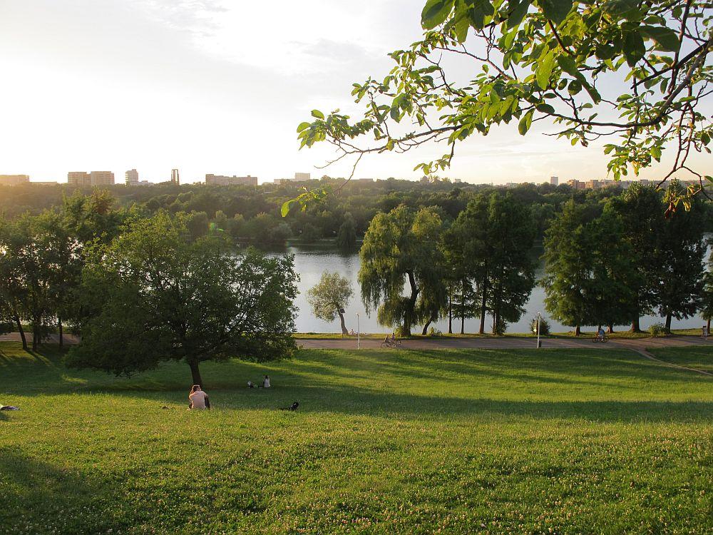 adelaparvu.com despre The Park, complex rezidential Bucuresti, imagini Parcul Tineretului (3)