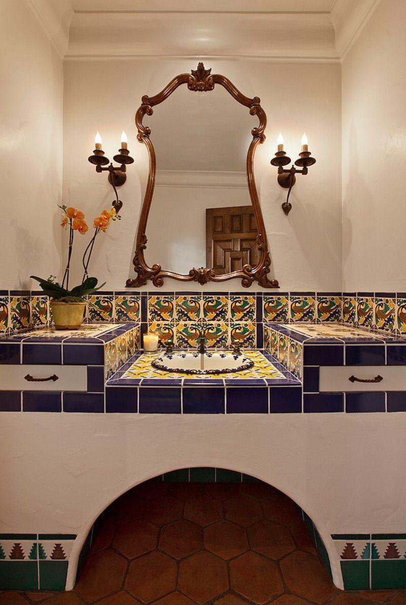 adelaparvu.com despre bai cu placi ceramice pictate, bai in stil mediteranean, Foto DD Ford Construction