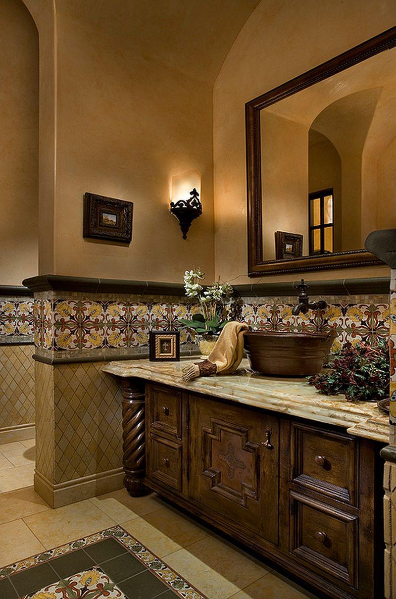 adelaparvu.com despre bai cu placi ceramice pictate, bai in stil mediteranean, Foto Fratantoni Luxury Estates