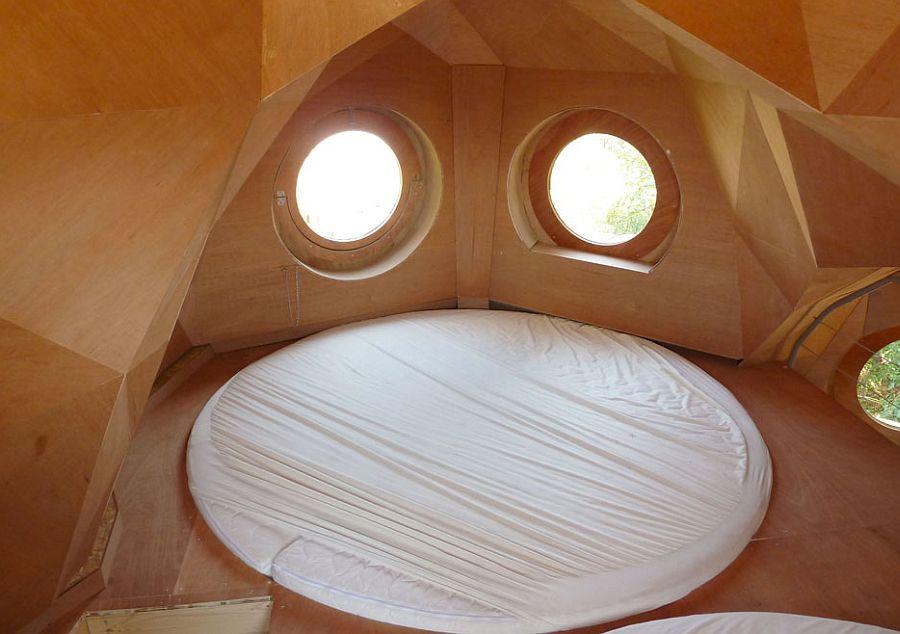 adelaparvu.com despre cabana in forma de bufnita, design Zebra3, Foto Bruitdufrigo Refuges Guetteurs (14)