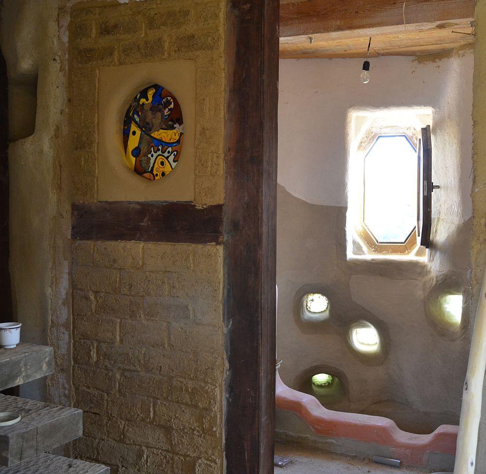 adelaparvu.com despre casa din baloti de paie Popasul Verde, Sangeorz Bai, Romania, proprietar Paul Axinte (26)