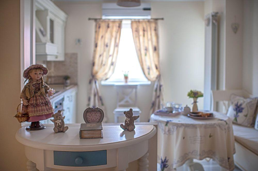 adelaparvu.com despre amenajare apartament 2 camere Constanta, design interior Ana Maria si Laur Ivanof, Styling Oana Gardon, Foto Marian Sterea (72)