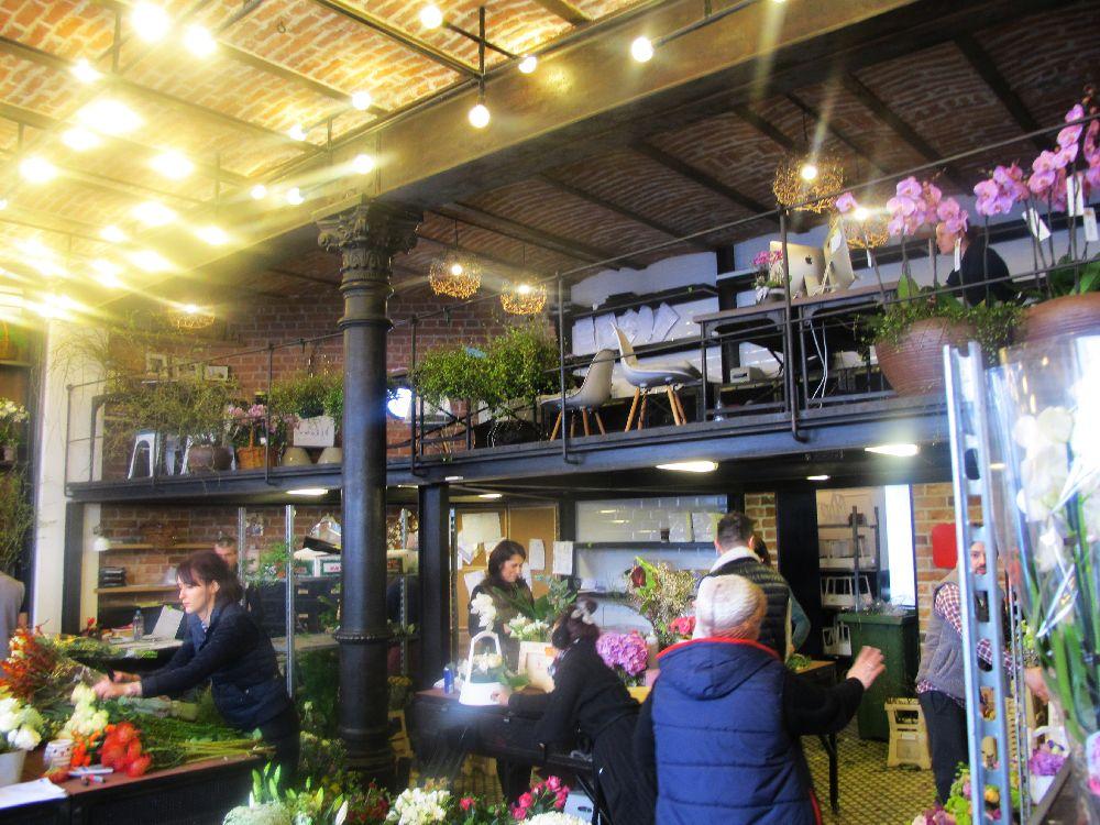adelaparvu.com despre atelierul designerului florist Nicu Bocancea, Foraria Iris, design interior Pascal Delmotte (26)