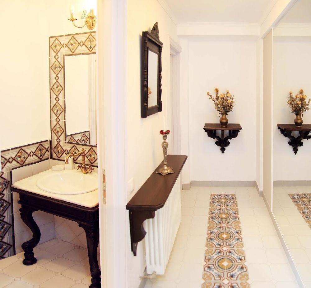 adelaparvu.com despre Casa din Bran Pension, arhitectura Gabriel Henegar, Designer interior Marinela Filip, Foto Andreea Pasca  (13)