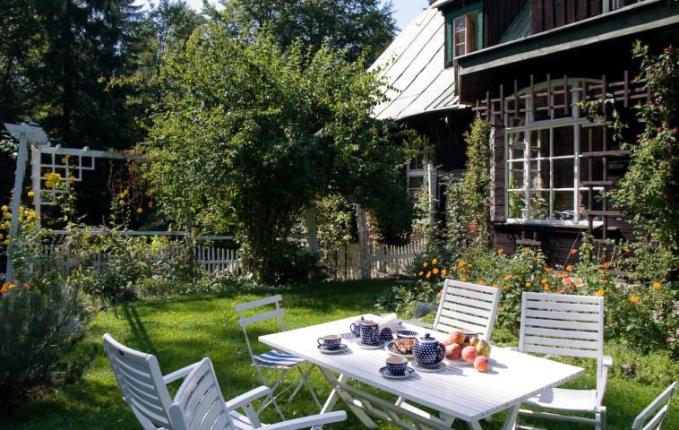 adelaparvu.com despre gradina cu aer salbatic, pensiune Polonia Willa Anna (2)