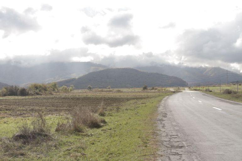adelaparvu.com despre Alexandra Teodor si Stefan Carstea peisagistii care s-au mutat la tara in Cartisoara (5)