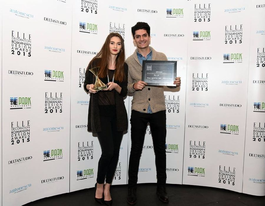 adelaparvu.com despre premiile Elle Decoration 2015, Maria Decu si Mihai Dumitrache la panou