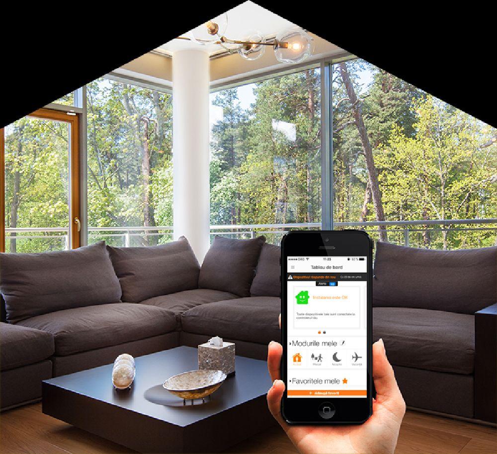 adelaparvu.com despre solutia de monitorizarea a casei prin telefonul mobil Orange Smart Home 2