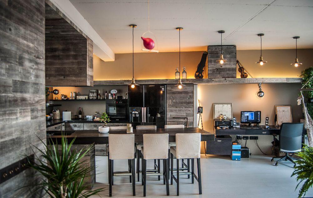 adelaparvu.com despre amenajare apartament cu lemn masiv, design interior arh Ciprian Manda, Foto Aliona Danielescu, Niculae Stoleriu (3)