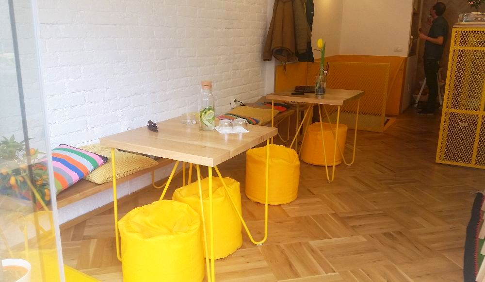 adelaparvu.com despre cafeneaua Arome, Bucuresti, design interior Silvia Diaconu, Bogdan Gogoci (19)