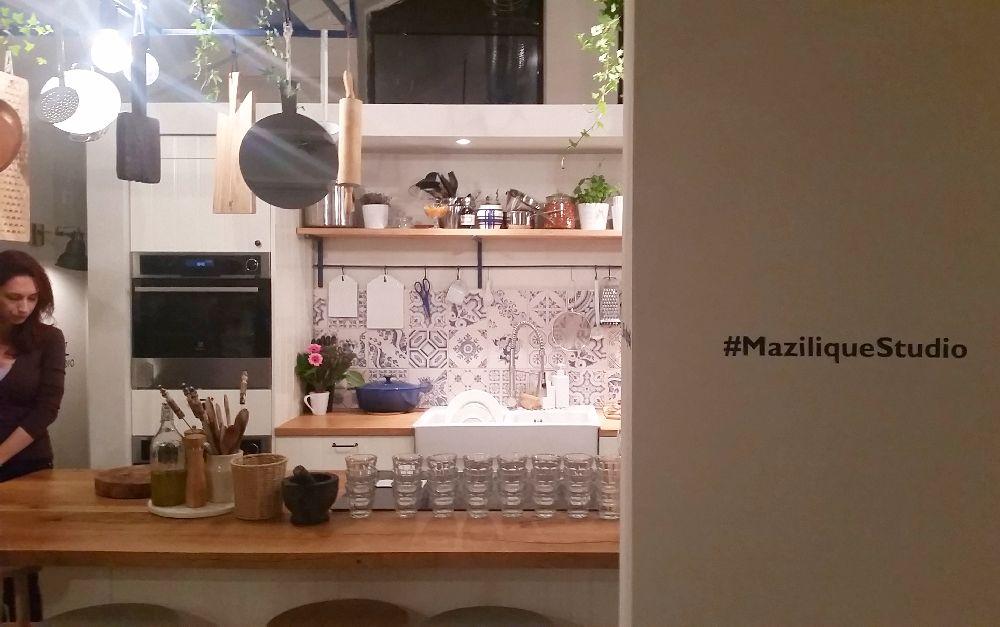 adelaparvu.com despre mansarda transformata in atelier culinar, Mazilique Studio, design arh. Eliza Yokina (6)