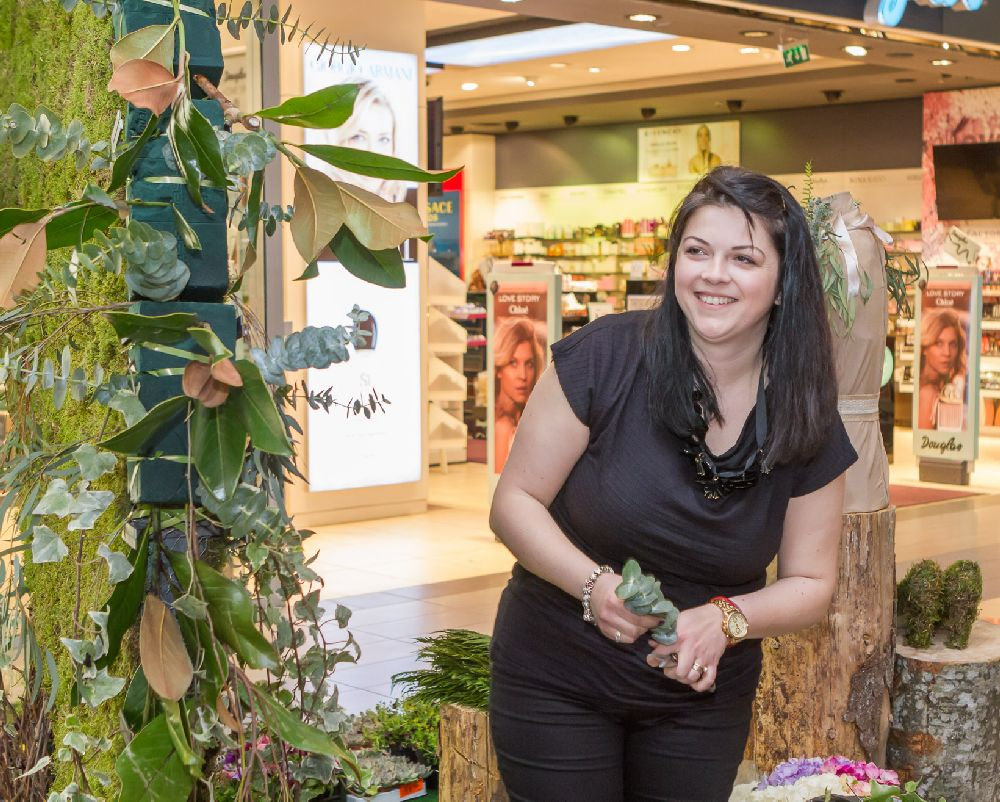 adelaparvu.com despre Floral Expo la Sun Plaza aprilie 2016, design floral Mihaela Gunta, The Wedding Company (11)