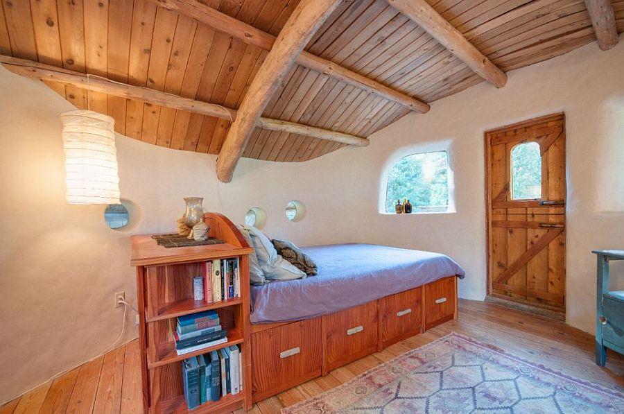 adelaparvu.com despre casa de vacnata din lut, Cob Cottage, canada, design Cobworks si Cob Cottage Company (8)