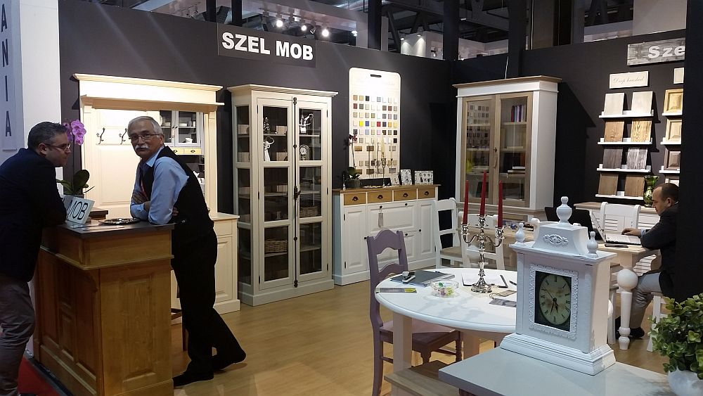 adelaparvu.com despre firme romanesti de mobila la Salone del Mobile Milano 2016, stand Szel Mob (3)