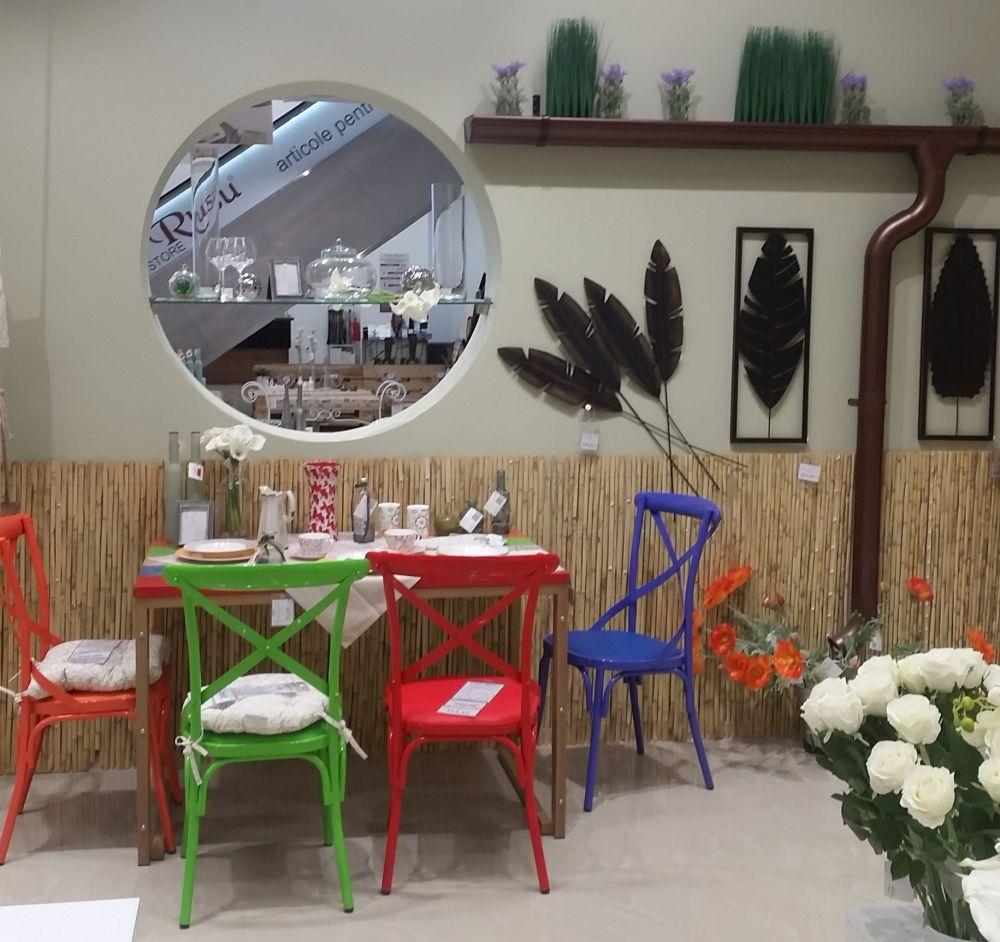 adelaparvu.com despre Casa Rusu Vitantis, mobila, decoratiuni, tapet, iluminat (10)