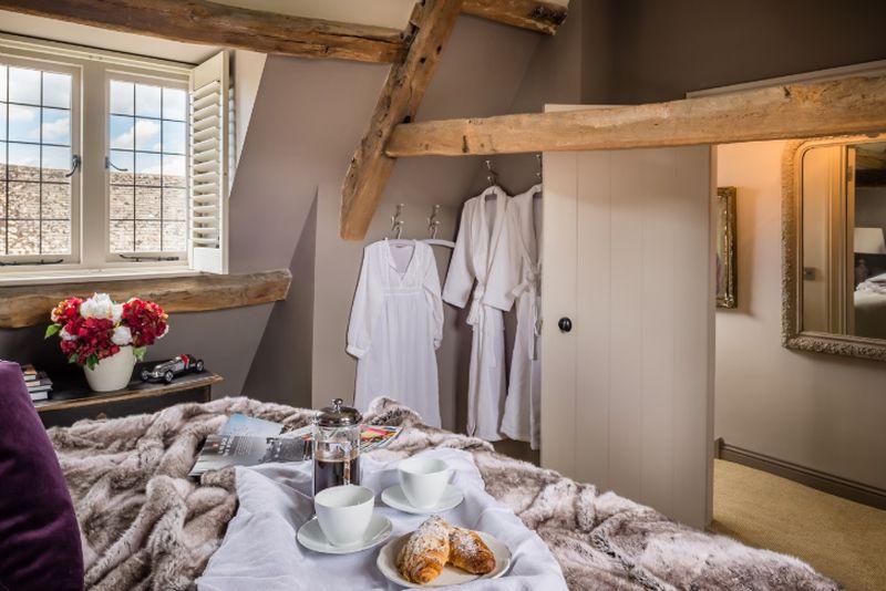 adelaparvu.com despre casa romantica englezeasca in Burford, Little Scarlet prin Unique Home Stays (3)