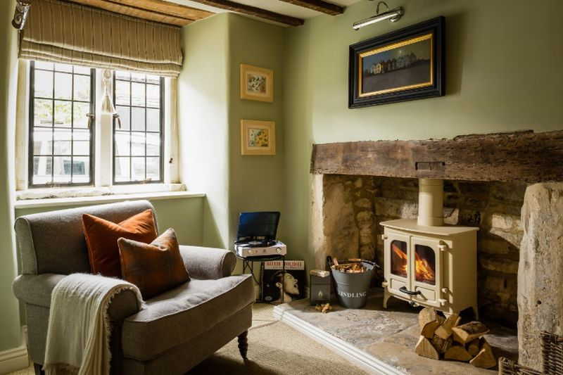 adelaparvu.com despre casa romantica englezeasca in Burford, Little Scarlet prin Unique Home Stays (8)